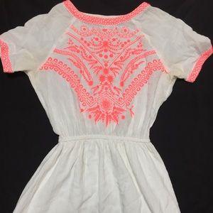 Dresses & Skirts - Neon embroidered linen dress